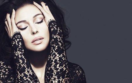 Dolce & Gabbana se viste de encaje en su colección más seductora