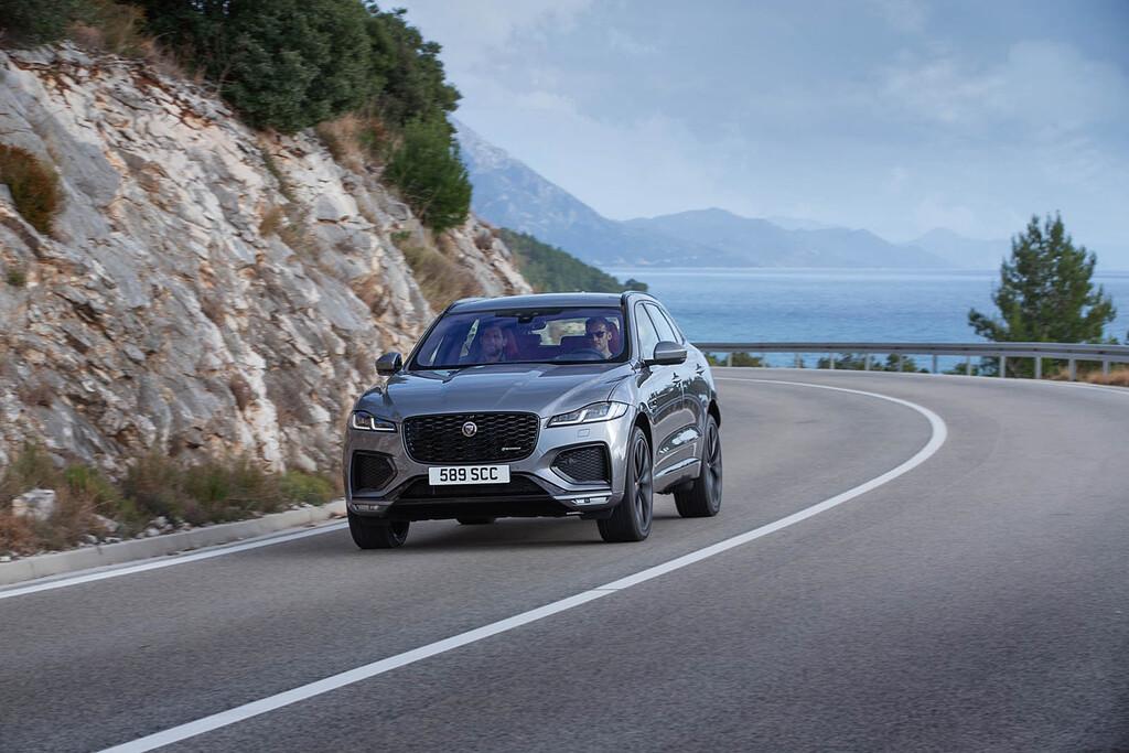 Nuevo Jaguar F-Pace: su ligero restyling esconde un interior completamente nuevo y motorizaciones híbridas de hasta 400 CV