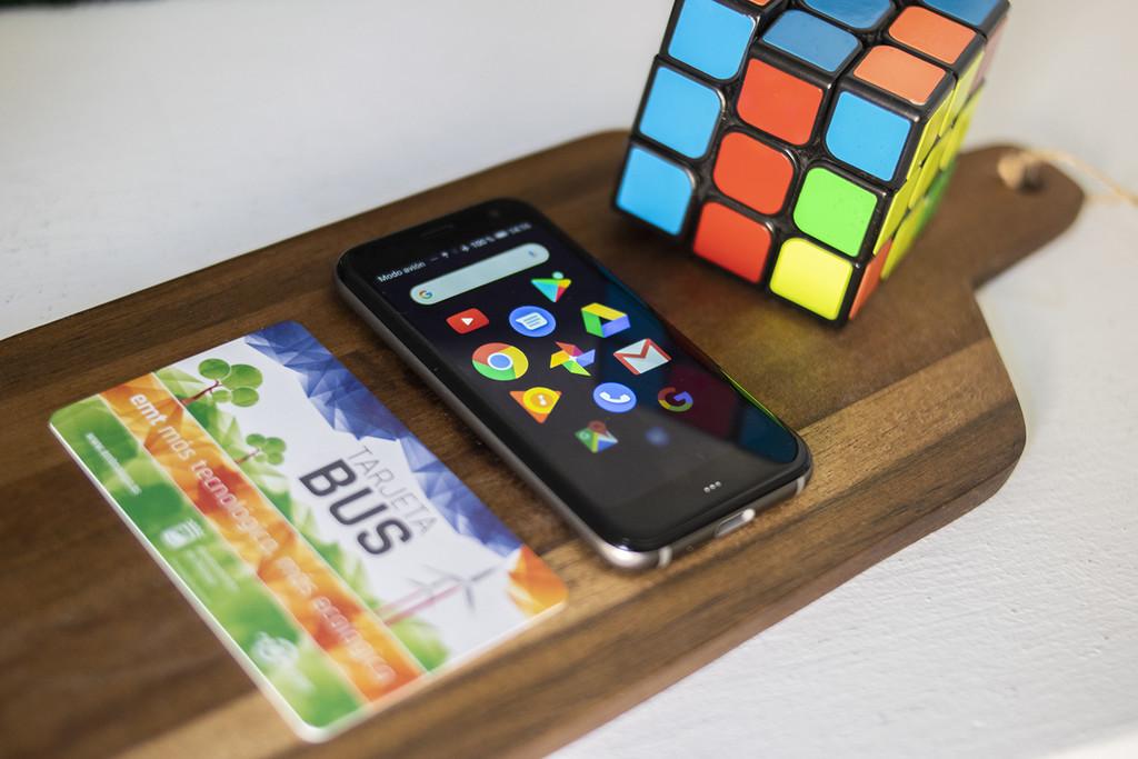 Palm, análisis: un minimóvil que no quiere que lo uses