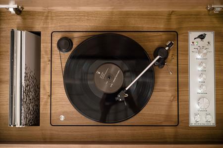 Wrensilva Standard One Record Stereo Console
