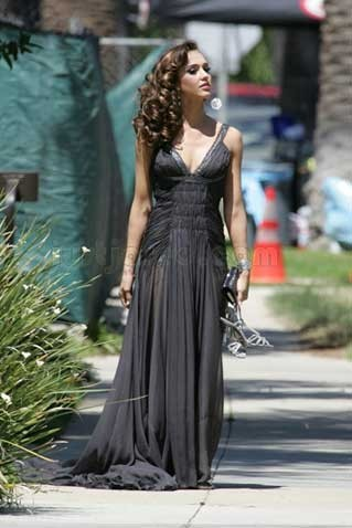 Jessica Alba, ¿el nuevo rostro de Revlon?