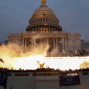Cinco documentales que nos ayudan a entender la toma del congreso de Estados Unidos (y un bonus de ficción)