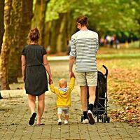 No solo los hijos tienen mejores resultados académicos en función del nivel educativo de los padres, sino de toda la familia