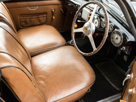 Ferrari 166 Inter Coupe 1949 interior