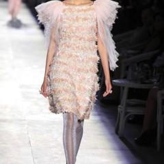Foto 18 de 61 de la galería chanel-alta-costura-otono-invierno-2012-2013-rosa-gris-brillos-y-nuevo-vintage en Trendencias