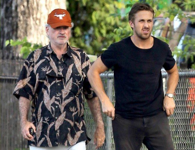 Terrence Malick y Ryan Gosling durante el rodaje de Lawless