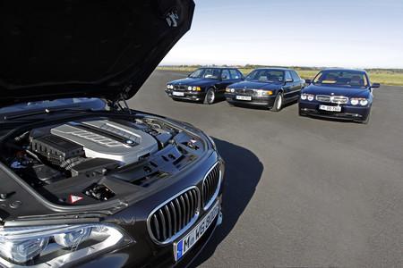 Repasamos los motores V12 de BMW con dos invitados ilustres, uno de ellos de origen británico