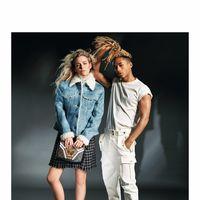 La nueva campaña de Louis Vuitton mezcla público millennial con el de la vieja escuela
