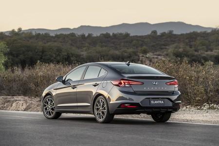 Hyundai Elantra 2020 5