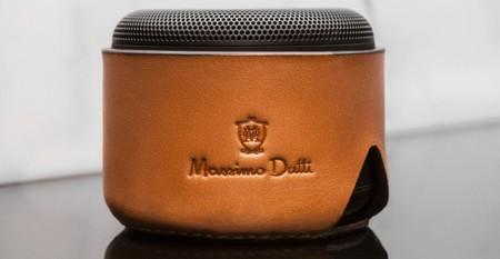 Techno-style: la fusión con la que Massimo Dutti y Sony nos conquistan en invierno