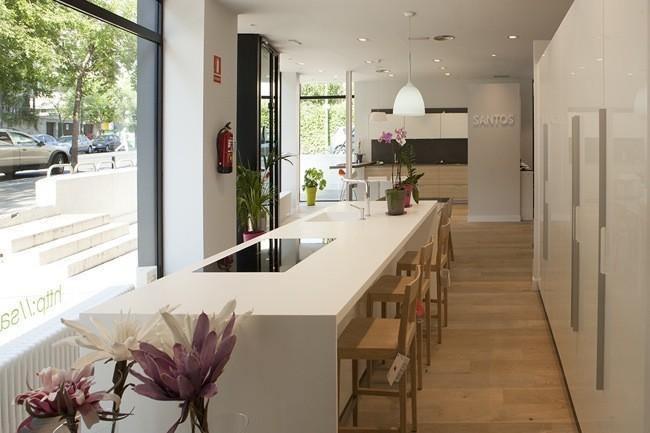 Nuevo showroom santos chamart n by brezo un espacio for Cocinas de ensueno