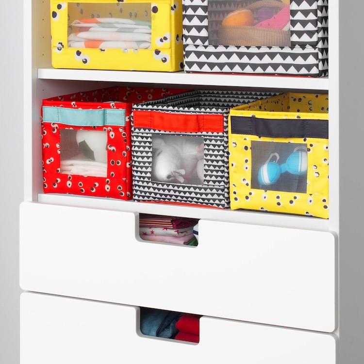 Caja multicolor para ordenar ropa o juguetes