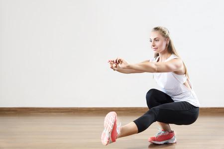 Cómo aumentar la intensidad de mi entrenamiento en casa si no puedo usar más peso