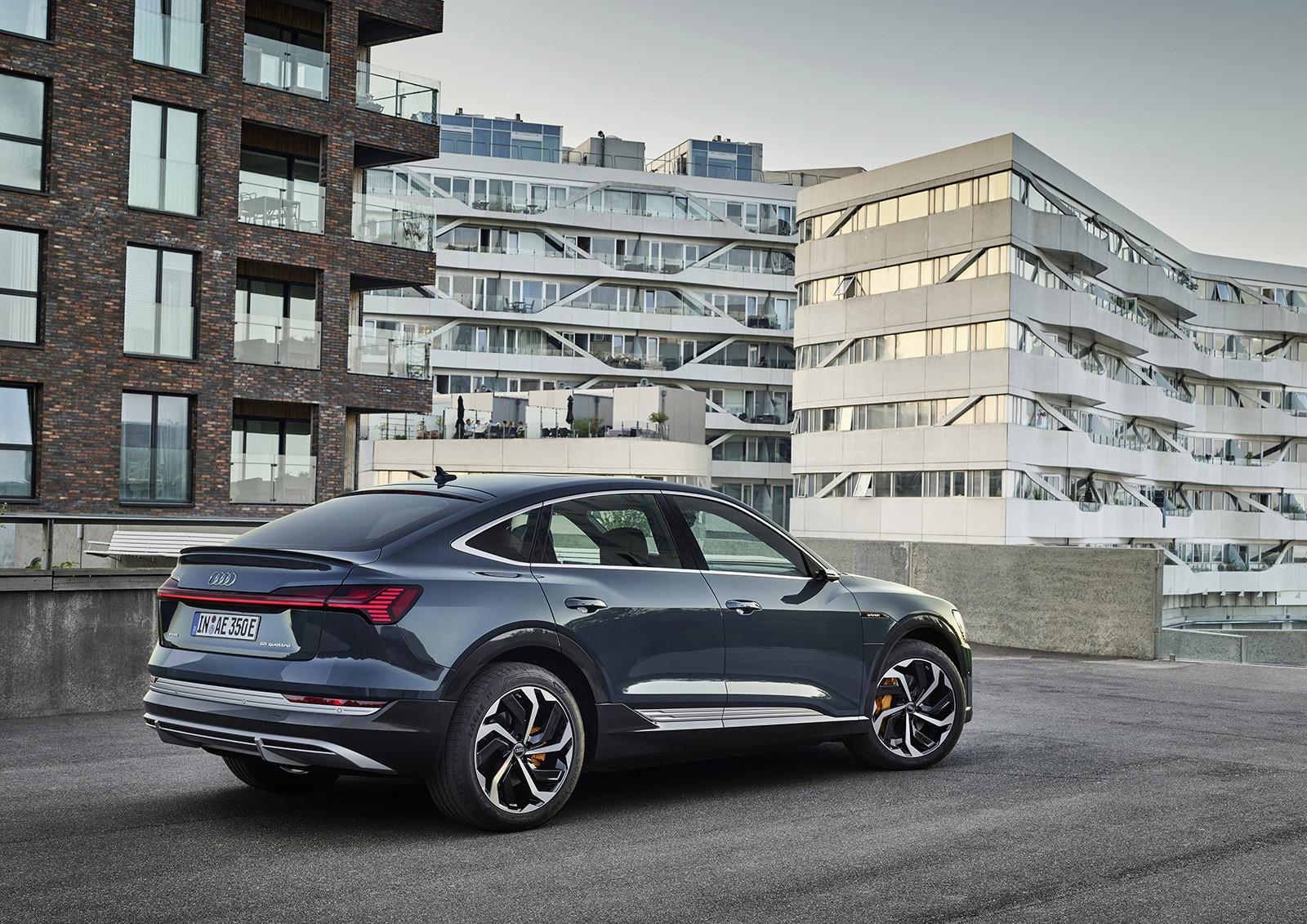 Foto de Audi e-tron Sportback (13/57)