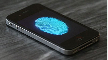 De última hora: WSJ dice que el nuevo iPhone 5S sí incluirá sensor de huellas digitales