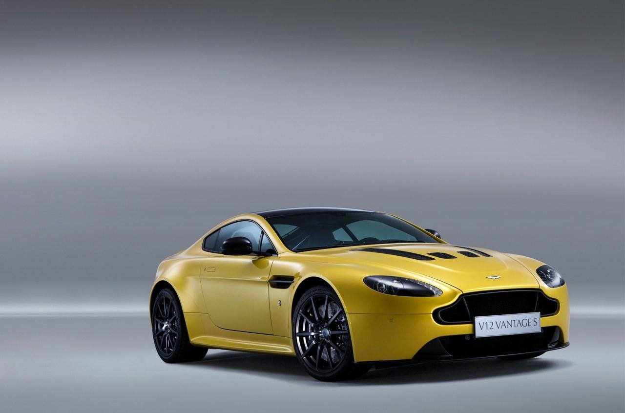 Foto de Aston Martin V12 Vantage S (5/34)