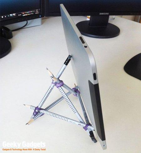 pencil-ipad-stand_21-1-copia.jpg