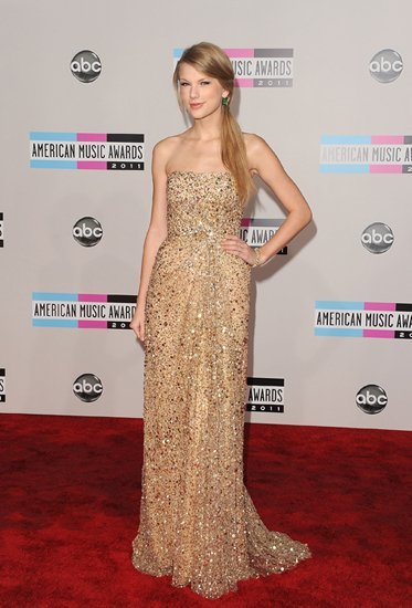 taylor-swift-amas