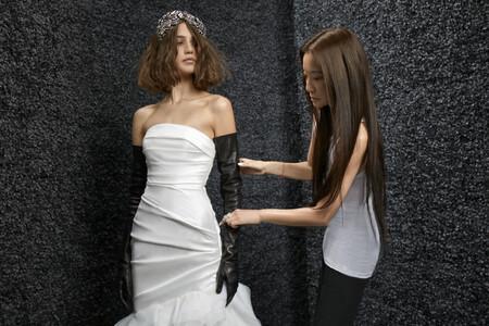 Pronovias y Vera Wang han creado una colección de vestidos de novia y de invitada desde la talla 34 hasta la 60 y a precios asequibles