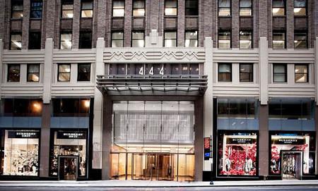 Imágenes de las nuevas tiendas Burberry en Arabia Saudí, Singapur y Nueva York