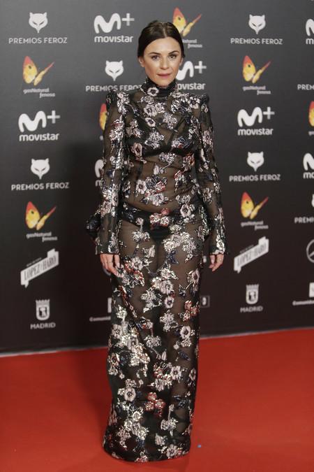 premios feroz alfombra roja look estilismo outfit Miren Ibarguren