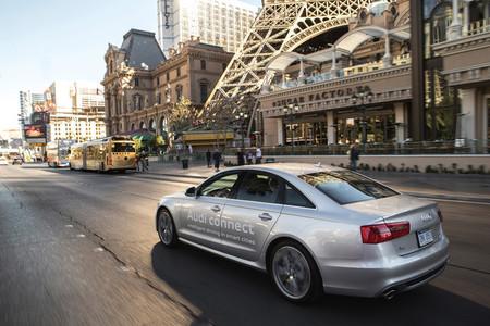 Audi Online Traffic Light Recognition