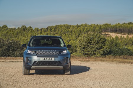 Land Rover Discovery Sport 2019 010
