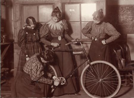 Una sola tecnología hizo más por los derechos de las mujeres que cualquier otra cosa: la bicicleta