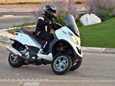 Así se mueve el resolutivo Piaggio MP3 500 ie, un gran scooter GT para todos