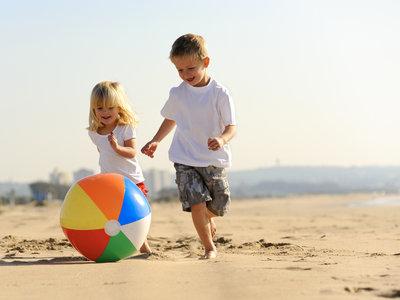Los segundos hijos tienen peor comportamiento que los primogénitos, según un reciente estudio
