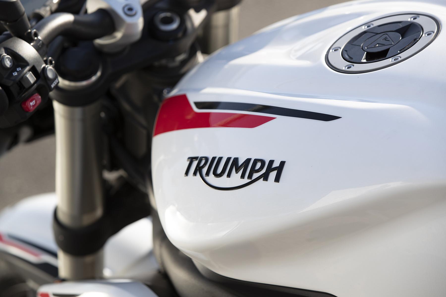 Foto de Triumph Street Triple S 2020 (23/41)