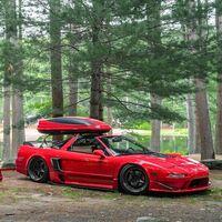 Sí, esto es un Acura NSX versión camper, ¡y con remolque a juego!