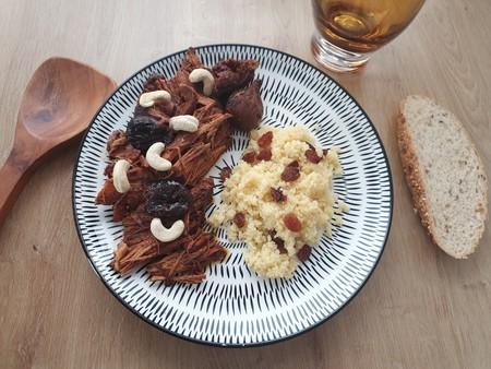 Lomo de cerdo en Crockpot con vermut, canela, ciruelas e higos secos: un pulled pork diferente y muy moruno