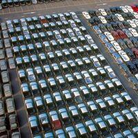Los comerciantes de vehículos piden al Gobierno que mantenga las ayudas a la compra de coches gasolina y diésel