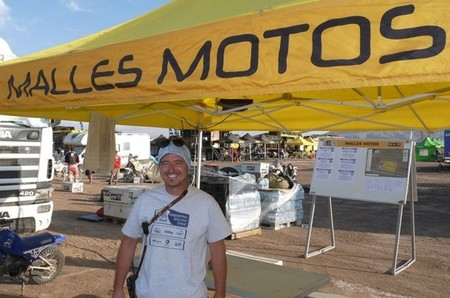 """Dakar 2014: los """"malle motos"""", pilotos sin asistencia"""