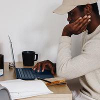 El CEO de Microsoft cree que trabajar permanentemente desde casa puede traer serias consecuencias a nuestra salud mental