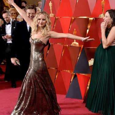 Oscar 2018: Jennifer Lawrence luce una de las tendencias del momento