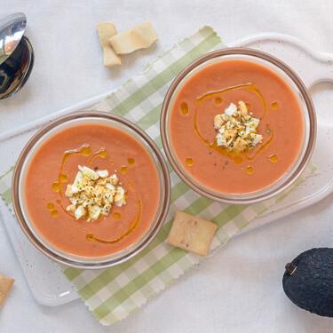 Gazpacho de frutas: nueve recetas fáciles y deliciosas con aguacate, fresas o melón para sorprender a tus invitados
