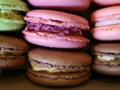 Ganas de comer alimentos calóricos por la tarde. Por qué sucede y cómo evitarlo