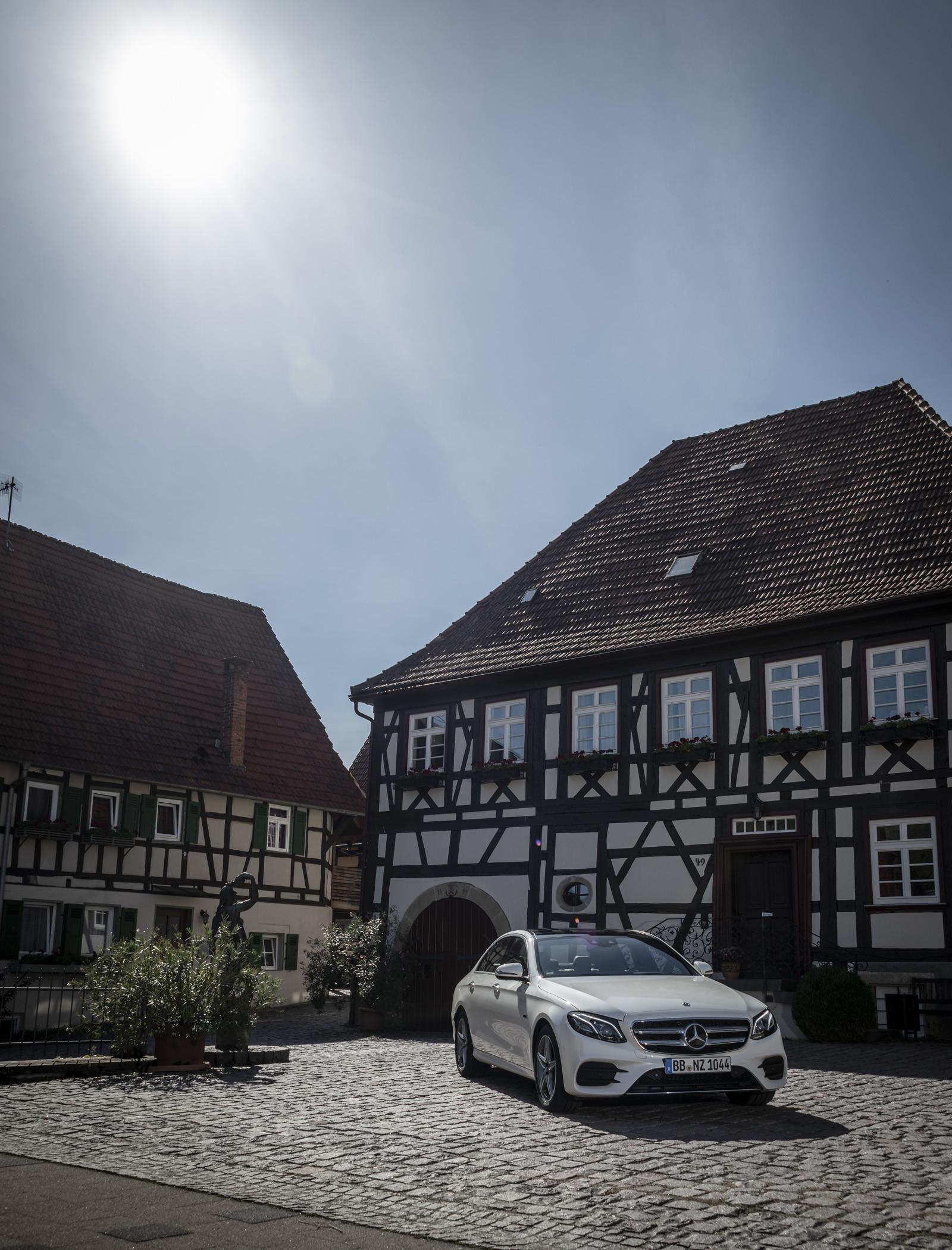 Foto de Mercedes-Benz E 300 de (presentación) (26/47)