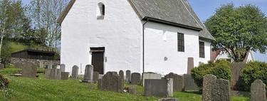 La iglesia románica de Moster y los encantos de las construcciones vikingas