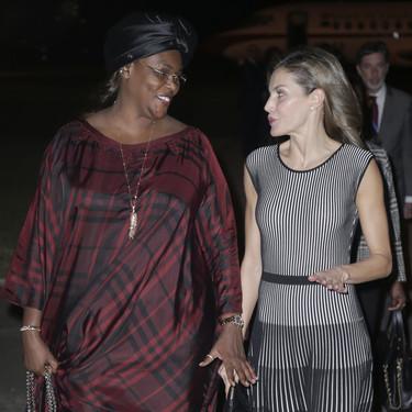 Doña Letizia ya está en Senegal y este ha sido su look de viaje