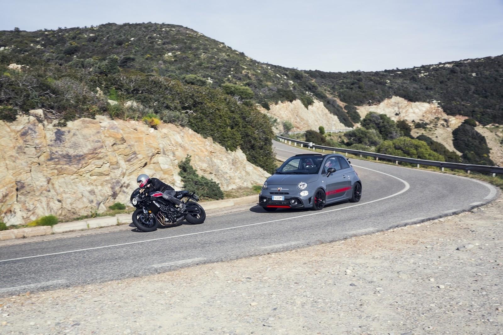 Foto de Yamaha XSR900 Abarth (41/49)