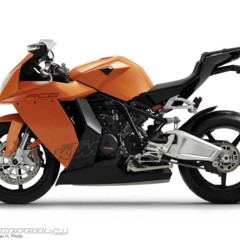 Foto 11 de 16 de la galería ktm-1190-rc8-presentada-oficialmente en Motorpasion Moto