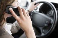 ¿Cuáles son las fuentes de distracción cuando conducimos un coche?