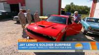 Jay Leno regala un Dodge Challenger SRT Hellcat a un veterano de guerra americano
