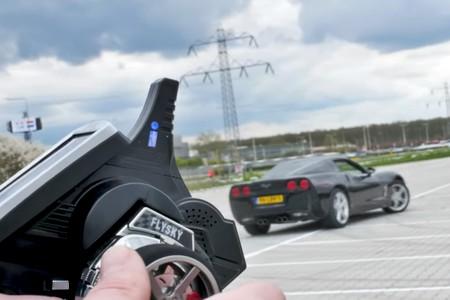 Si te molaba KITT vas a alucinar con este Chevrolet Corvette teledirigido, 100% real y homologado