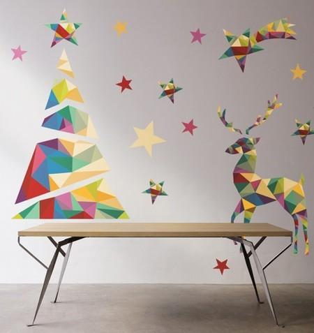 Pero el verde y el rojo no son los únicos colores de la Navidad y las estrellas y las bolas no son las únicas formas para decorar.