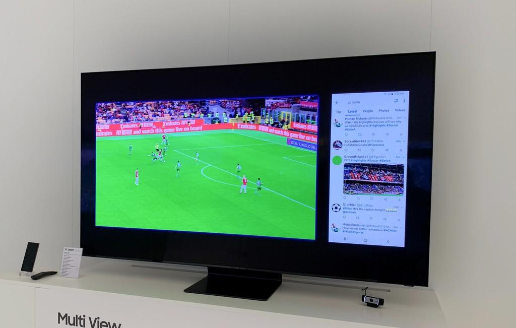 Ver un partido de fútbol y Twitter al mismo tiempo: así funciona Multi View en las nuevas TVs de Samsung