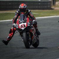 Se acabó: Tito Rabat se baja de la Ducati Panigale V4 R y no correrá el resto del mundial de Superbikes